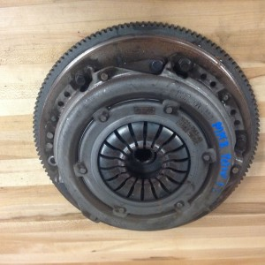 2008-PLUS-MK8-FORD-FIESTA-FLY-WHEEL-AND-CLUTCH-KIT-USED-UNDAMAGED-FREE-POSTAGE-271564688808