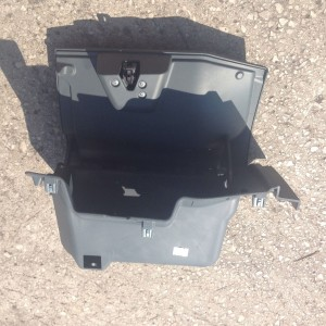 2010-FORD-KA-GLOVEBOX-COMPLETE-USED-UNDAMAGED-FREE-POSTAGE-TO-MAINLAND-301260046302