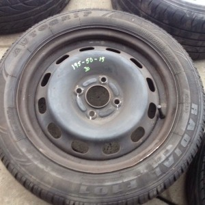 FORD-FIESTA-15-STEEL-WHEEL-WITH-1955015-TYRE-WITH-GOOD-TREAD-281486518797