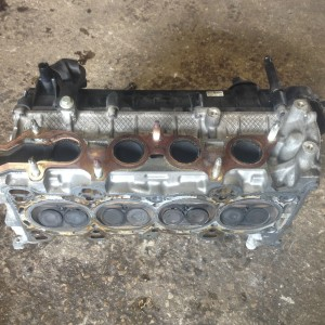 FORD-FIESTA-20-ST150-CLYNDER-HEAD-USED-UNDAMAGED-COMPLETE-WITH-CAMS-281429652598
