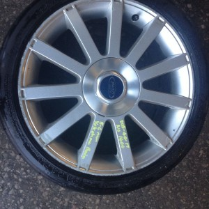 FORD-FIESTA-ST-17-ALLOY-WHEEL-AND-205-40-17-TYRE-USED-ALLOY-GOOD-CONDITION-301379021771